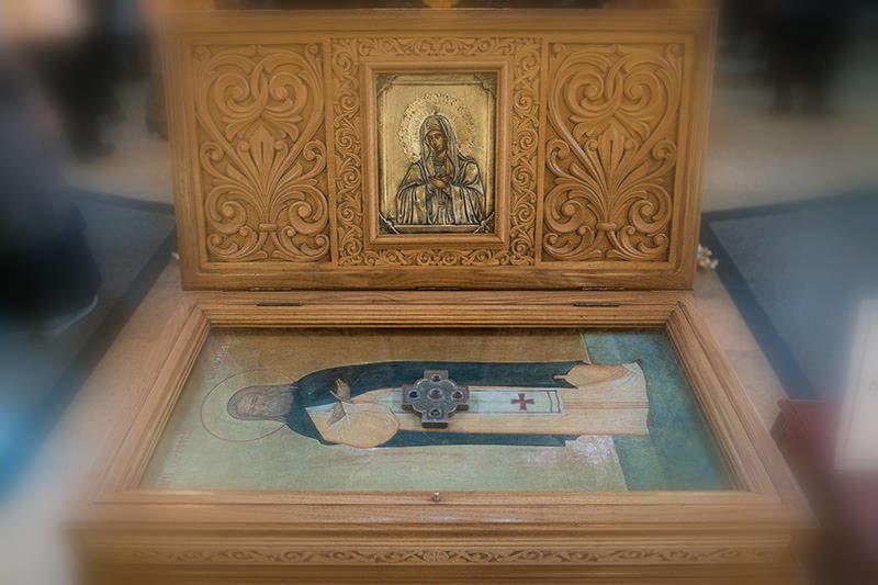 ковчежец с мощами Святого